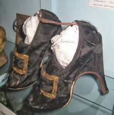 Gentleman's shoes, Whitby Museum, Second half of the 18thC.