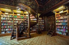 Metropolitan Ervin Szabo Library, Budapest (by Sugay Nagy)