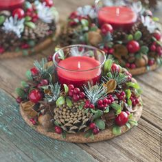 Simple And Popular Christmas Decorations; Christmas Decor DIY The post Simple And Popular Christmas Decorations appeared first on Dekoration. Christmas Candle Decorations, Christmas Candles, Christmas Themes, Rustic Christmas, Christmas Wreaths, Table Decorations, Christmas Flowers, Holiday Ideas, Advent Wreaths