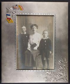 1915 Framed ca WW1 portrait of Bert, Arty & Gerold Hawker | Flickr - Photo Sharing!