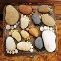 The best DIY projects & DIY ideas and tutorials: sewing, paper craft, DIY. Diy Crafts Ideas Easy Garden Projects with Stones! Pebble Mosaic, Pebble Art, Rock Mosaic, Stone Mosaic, Modern Backyard, Backyard Landscaping, Backyard Designs, Landscaping Ideas, Backyard Beach