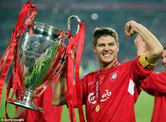 Liverpool great Steven Gerrard proved he could become an excellent manager during the 2005 Champions League final, according to former team-mate Djibril… Steven Gerrard Liverpool, Liverpool Captain, Time Do Liverpool, Liverpool Football Club, Liverpool Fc, Liverpool Players, Liverpool Champions League, Ian Rush, Champions League
