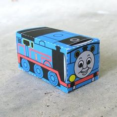 Thomas the Train DIY Paper Craft
