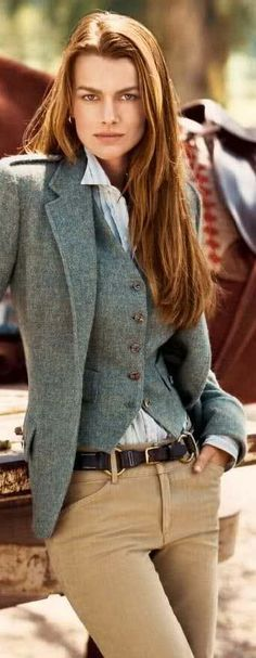 Ralph Lauren: perfect business casual look. If only the blazer and vest were black Style Work, Mode Style, Style Me, Look Fashion, Winter Fashion, Fashion 2014, Fashion Styles, Womens Fashion, Estilo Tomboy