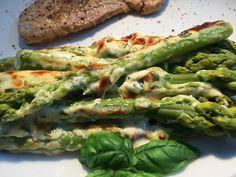 Albertos green asparagus with parmesan cream from caralb Healthy Eating Recipes, Raw Food Recipes, Veggie Recipes, Keto Recipes, Cheesecake, Shellfish Recipes, Dried Beans, Vegan Keto, Asparagus Recipe