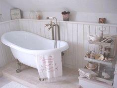 El baño: Tengo una bañera.