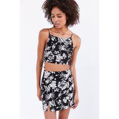 Love Sadie Floral Set Mini Skirt ($69) ❤ liked on Polyvore featuring skirts, mini skirts, fitted mini skirt, black white skirt, flower print skirt, floral print skirt and short mini skirts
