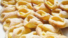 PotrawyRegionalne: ROŻKI MAŚLANO SEROWE Z JABŁKAMI Cookie Decorating, Macaroni And Cheese, Waffles, Snack Recipes, Chips, Food And Drink, Menu, Cookies, Baking