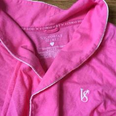 Victoria Secret Robe Pink and very soft. Small size Price is firm. Bought on this site but I got one for a gift. Not used and just need what I paid for it Victoria's Secret Other