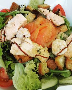 Lunch was so delicious. I had a salad with grilled and smoked salmon and garlic shrimp.  Lean and clean protein and another dish for my new found love of fish and seafood  #salmon #shrimp #healthy #fitfam #gym #eatclean #cleaneating #foodporn #fit #gains #nutrition #health #lowcarb #fitlife #healthyeating #healthyfood #healthyliving #gainz #recovery #fuel #macros #gymlife #postworkoutmeal #homemade #foodie #food #foodgasm #foodporn #fitnesslifestyle