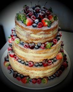 Naked cake: com aparência rústica, bolo pelado é tendência para casamentos…