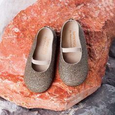 Kids And Parenting, Baby, Shoes, Zapatos, Shoes Outlet, Shoe, Baby Humor, Footwear, Infant