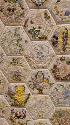 Wonderful Ribbon Embroidery Flowers by Hand Ideas. Enchanting Ribbon Embroidery Flowers by Hand Ideas. Crazy Quilting, Crazy Quilt Stitches, Crazy Quilt Blocks, Hexagon Quilting, Hexagon Patchwork, Patchwork Ideas, Silk Ribbon Embroidery, Vintage Embroidery, Embroidery Stitches