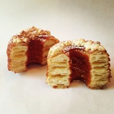 Not a Cronut rip-off! Mr Bagley, who created the hybrid with chef Mady Youcef, says he was actually & by the Cronut craze Not a Cronut rip-off! Mr Bagley, who created the hybrid with chef Mady Youcef, says he was actually discouraged by the Cronut craze Croissant Donut, French Croissant, Croissant Recipe, Just Desserts, Dessert Recipes, Wine Recipes, Cooking Recipes, Pastry Recipes, Tart Recipes