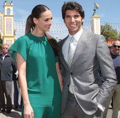 Cayetano Rivera y Eva González #parejas #famosos