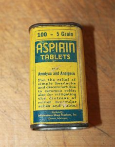 Vtg Midwestern Drug Aspirin Tablets Tin With Slide Lid  and Some Tablets