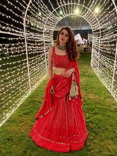 Mehndi outfit - Beautiful Chikankari Lehengas that are too Good to be Missed! Red Lehenga, Bridal Lehenga, Lehenga Choli, Lehnga Blouse, Bollywood Lehenga, Bollywood Style, Indian Wedding Outfits, Indian Outfits, Indian Clothes