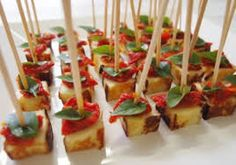 Finger Food - Pesquisa Google Gourmet Recipes, Appetizer Recipes, Cooking Recipes, Mini Foods, Food Hacks, Finger Foods, Love Food, Food And Drink, Yummy Food