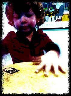 Kurt on bongo