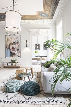 Stockholm Apartment With Beautiful Ceiling