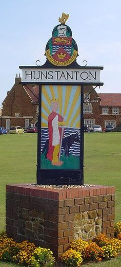 Hunstanton, Norfolk Norfolk Broads, Norfolk England, Great Yarmouth, English Village, Fun Signs, My Kind Of Town, Uk Photos, England And Scotland, Seaside Towns
