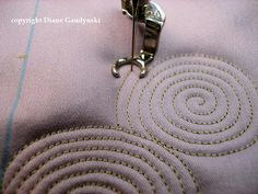 """Diane Gaudynski """"A New Tradition in Quilting"""": Celtic Bubbles ~ Tutorial  http://dianegaudynski.blogspot.com/2013/03/celtic-bubbles-tutorial.html"""