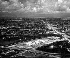 Dadeland Mall | Flashback Miami Miami Images, Miami Photos, Old Florida, South Florida, Sidewalk Cafe, Ormond Beach, Marriott Hotels, Coral Gables, Daytona Beach