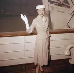 Grace Kelly leaving New York on April 4, 1956 en route to Europe and her new life as Princess of Monaco.