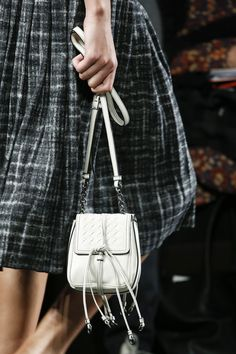 Bottega Veneta Fall 2016 Ready-to-Wear Fashion Show Details