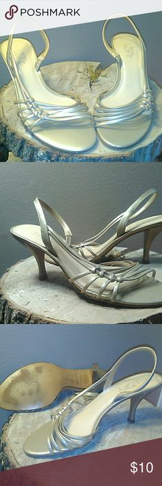Ann Taylor loft size 5  1/2 medium heels Champagne color heals by loft worn once very cute no visible flaws only wear is on the flat part of soles from walking in them and it's very minor as seen in photo 3... I love these heels!!!! The last photo shows the color the best LOFT Shoes Heels