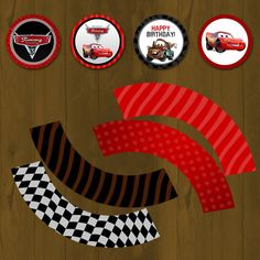 Disney CARS Lightning Mc Queen Cupcake toppers - Free Cupcake Wrapper