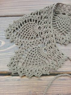Crochet Lace Hand made crochet collars-Knitted detachable collar-Hand made collar-Crochet lace collar-Knitted col - Length is 36 sm Width is 9 sm Shawl Crochet, T-shirt Au Crochet, Crochet Lace Collar, Crochet Lace Edging, Crochet Shirt, Crochet Borders, Crochet Stitches Patterns, Thread Crochet, Crochet Trim