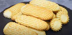Biscuiți din ingrediente simple. Se prepară ușor și rapid! - Retete-Usoare.eu Biscuit, Dairy, Cheese, Crackers, Biscuits, Sponge Cake, Cake, Cookies