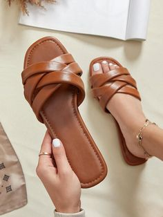 Strap Sandals, Women's Shoes Sandals, Leather Sandals, Wedge Shoes, Slide Sandals, Shoes Sneakers, Sock Shoes, Cute Shoes, Shoe Store Design