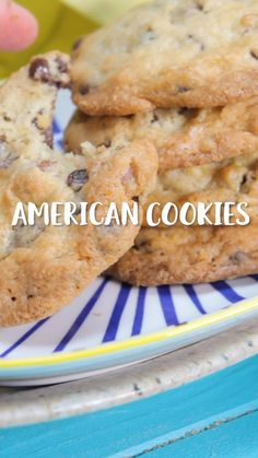 Diese KEKSE schmecken einfach am allerbesten! 🍪🍪🍪 for chocolate chips for chocolate chips and peanut butter for chocolate chips cookies Homemade Christmas Cookie Recipes, Christmas Sugar Cookie Recipe, Sugar Cookies Recipe, Christmas Cookies, Bon Dessert, Dessert Recipes, Pie Recipes, Cookies Receta, American Cookie