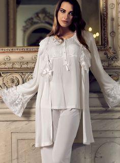 Artış, Hamile Lohusa Pijama ve Sabahlık 179.90 TL Artış Lohuse Gecelik ve Pijama Modelleri http://www.pijama.com.tr/lohusa-pijama/Artis/208-51   #artış   #lohusapijama   #hamilepijama   #lohusasabahlık    #hamilegiyim #fashion