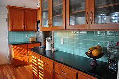 If you want your kitchen to look perfect you need the best backsplash design you can get! A shabby one will make your kitchen decrease its value! Read on how you can update your kitchen units by a stylish backsplash.