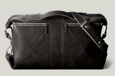 Hardgraft's brilliant 3-fold bag http://www.hardgraft.com/products/3fold-allgrey