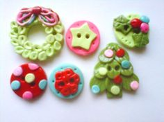 Button Retro Christmas 2 handmade polymer clay buttons   ( 6 ) on Etsy, $9.50