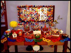 Decoração de carnaval para curtir a festa em casa ou para comemorar o aniversário.