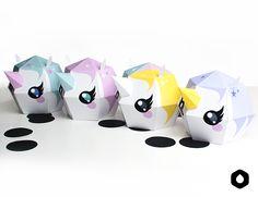 Les Licornes Totémiques - paper toy (free printable)