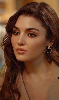 Turkish Beauty, Indian Beauty, Turkish Men, Tamanna Bikini, Dark Makeup Looks, Best Hair Dye, Frock For Women, Hande Ercel, Cute Girl Face