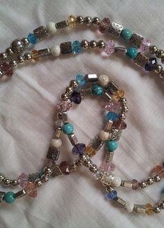 A vendre sur #vintedfrance ! http://www.vinted.fr/accessoires/colliers/15704004-collier-en-perles-de-metal-argente-et-cristal