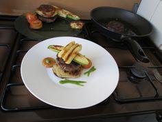 JHS  / Hamburger patate  e  basilico Gino D'Aquino