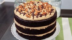Another delicious vegan creation from Chef Chloe Coscarelli, this layered chocolate cake combines rich mocha-flavoured icing with roasted almonds for a truly delicious dessert.