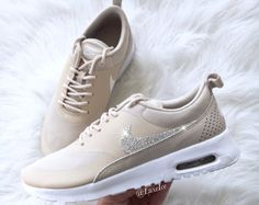 Nike Air Max Thea Blinged blanc avec des cristaux SWAROVSKI®