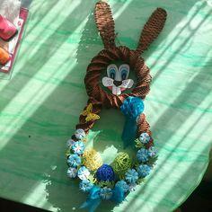 Hanukkah, Wreaths, Home Decor, Paper, Do Crafts, Decoration Home, Room Decor, Bouquet, Interior Decorating
