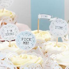 """Cupcake Sticks """" Vintage"""" - Cremefarbige Cupcake-Deko mit Schrifzug und silbernen Akzenten"""
