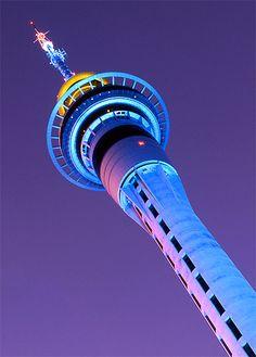 Auckland Sky Tower, went to the top! Then got claustrophobic. Key Tattoos, Skull Tattoos, Foot Tattoos, Sleeve Tattoos, Auckland, New Zealand North, New Zealand Landscape, Kiwiana, Sunset Wallpaper