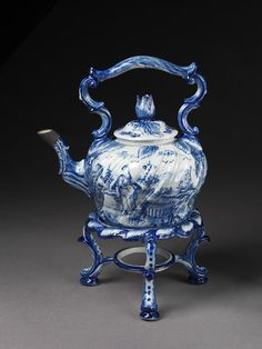 1761-1770 Dutch Kettle with stand at the Victoria and Albert Museum, London